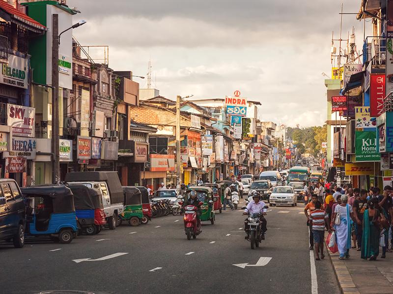 Busy street in Sri Lanka
