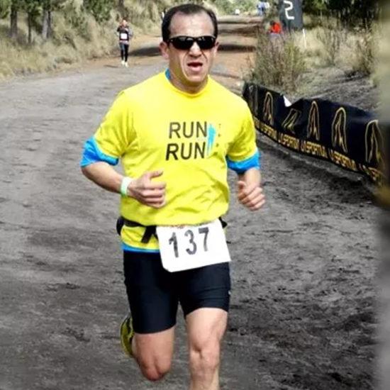 Edgar Garcia running a marathon