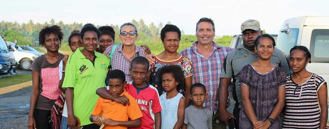 Group picture with author Suzanne Rockett in Papua New Guinea
